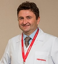 Мехмет Озтуркмен, портрет доктора